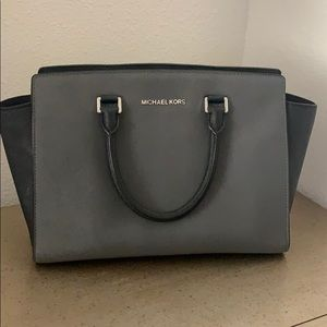 Michael Kors 2 tone tote bag